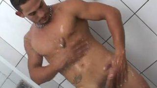 Fudendo no motel com namorado brasileiro