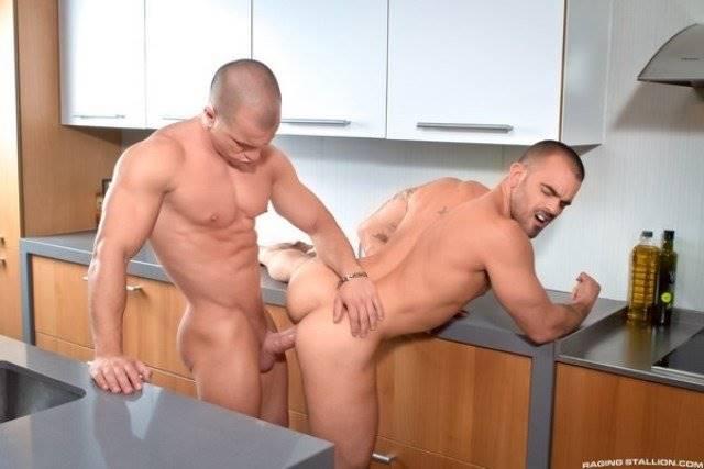 Imagem de homens transando