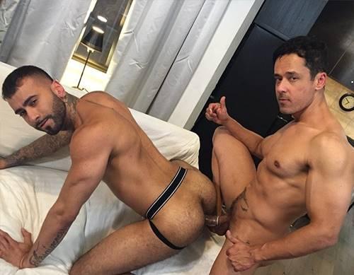 Sexo com macho gostoso