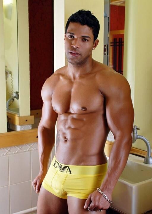 Brasileiros pelados